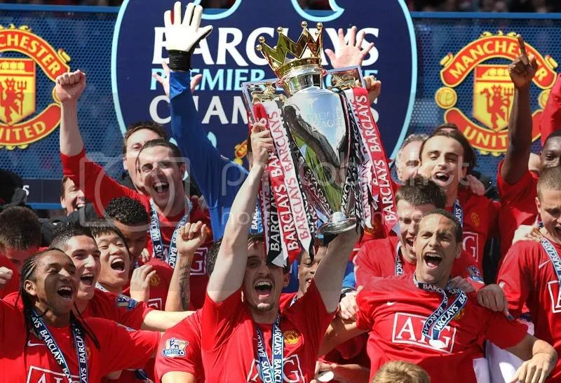 United Celebrate 18th League Title