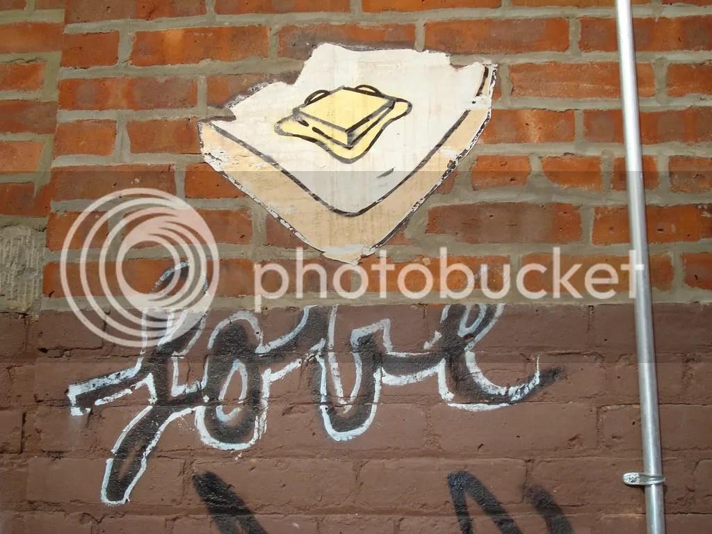 street art,nyc,toast