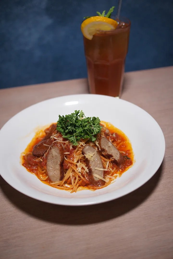 photo ausage with Spicy Tomato Sauce Pasta.jpg
