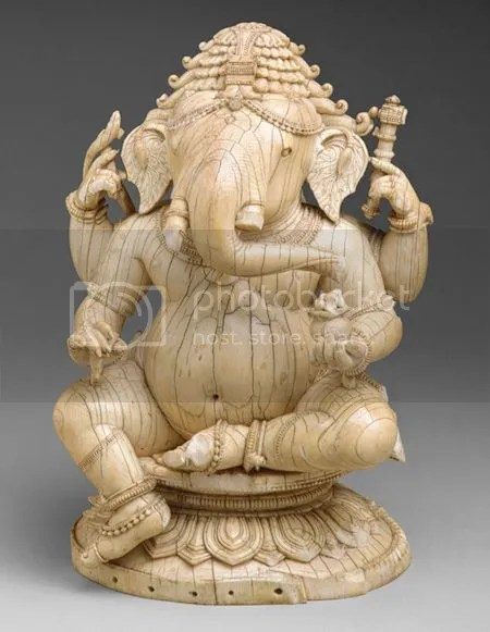 photo SeatedGanesha14thndash15thCenturyIndiaOrissa.jpg