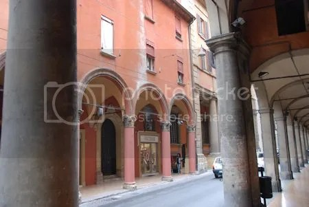 photo DSC_4190BolognaArcade.jpg