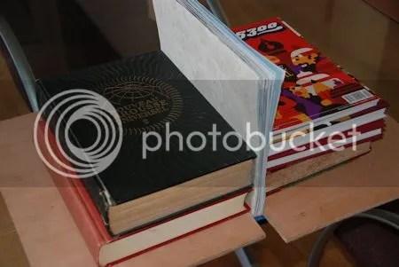 photo DSC_7518BoekenHelpenBoeken-KaftenSchutbladenOnderBezwaar.jpg