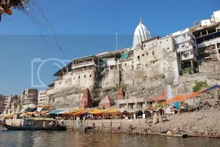 photo DSC_1265TerugInOmkareshwar.jpg