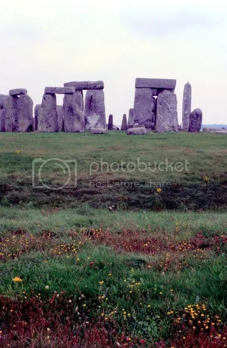 photo 057Stonehenge.jpg