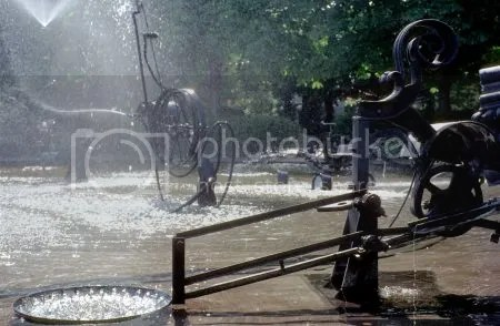 photo 115TinguelyFountainBasel.jpg