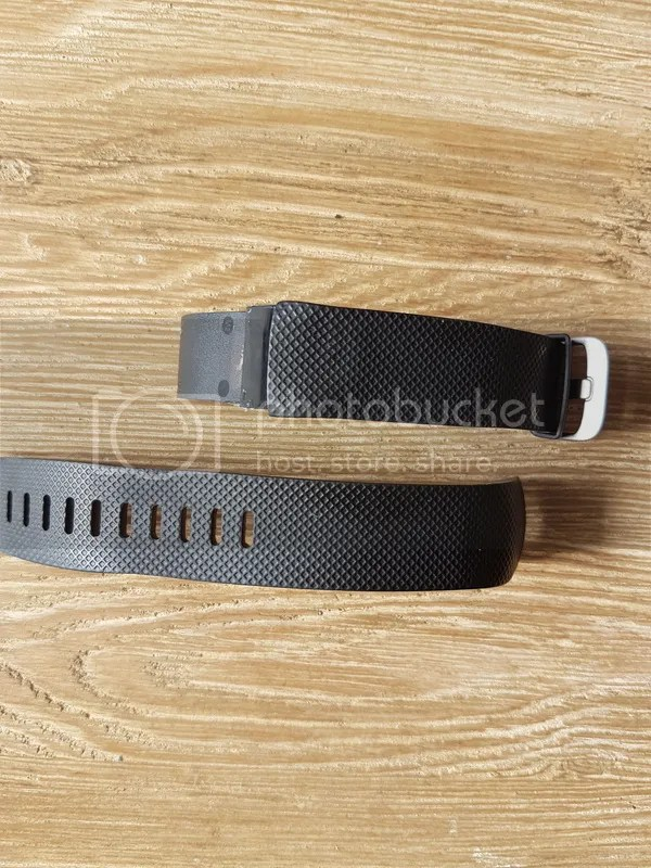 Fitbit defekt photo 20160606_171553_zpsneqoek5v.jpg