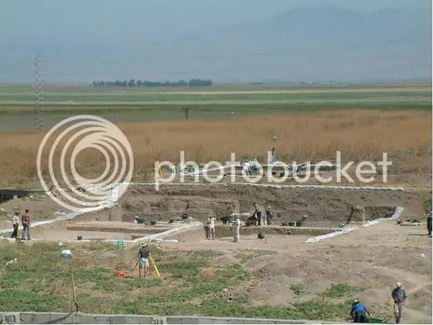 Excavations on the Tayinat Citadel