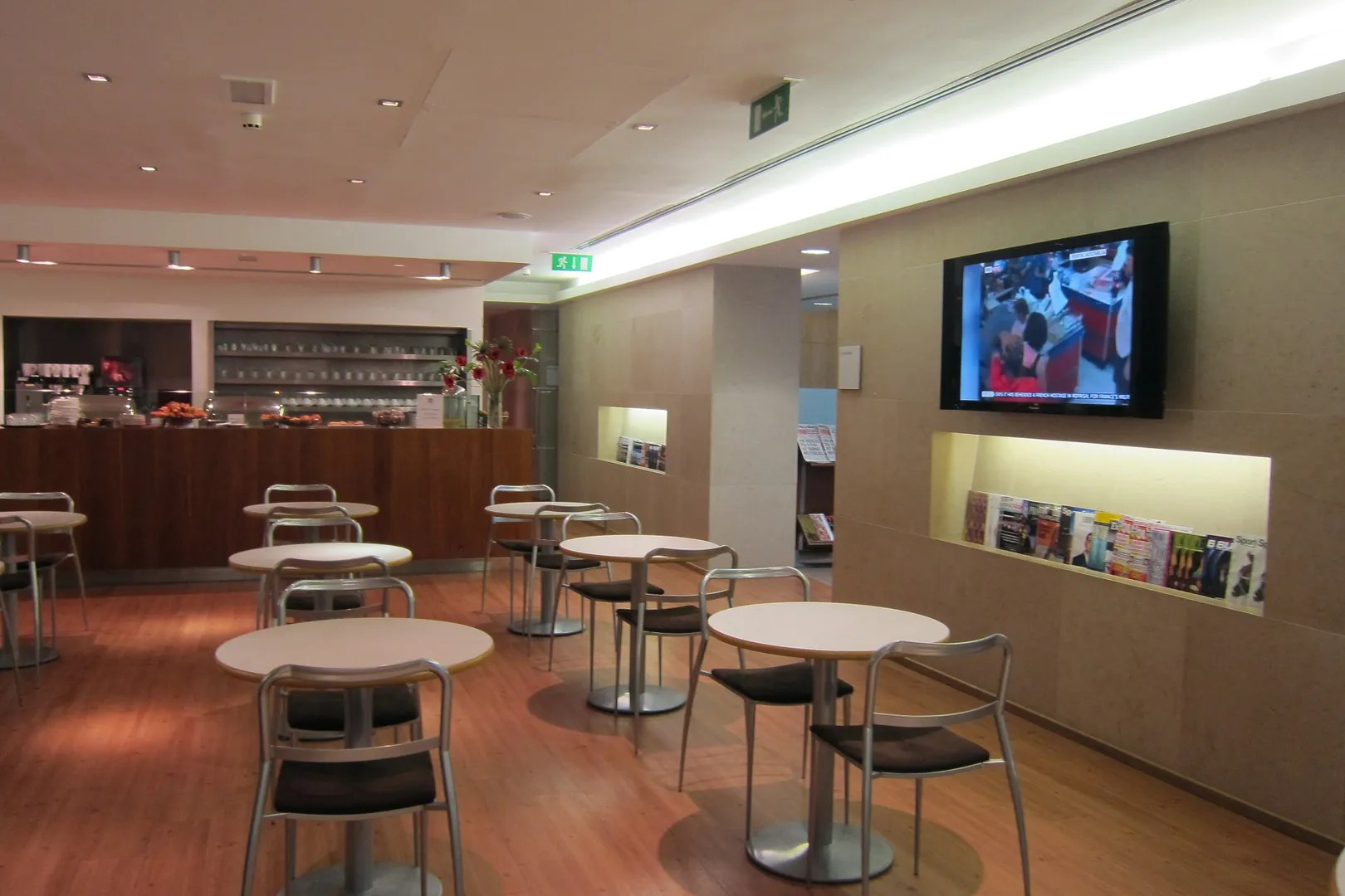 American Opening New Flagship Lounges With More Access And