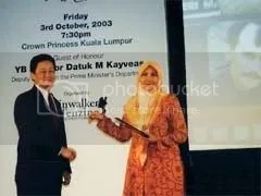 Roslin Abdul Jalil, accepted the award for Nor Ramlee
