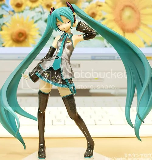 1/8 Hatsune Miku CM Version PVC Figure