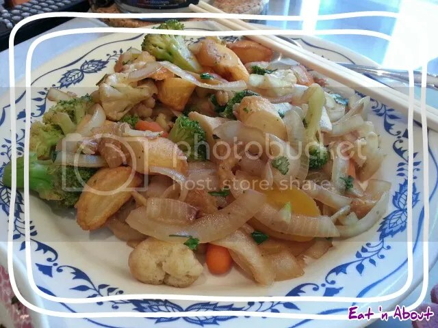 Stir fried Veggies with Mochi Fishcake