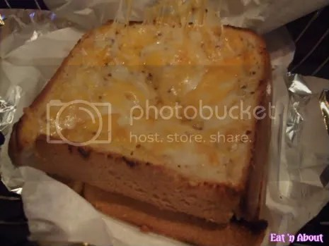 Pinky's Steakhouse: Cheese Toast