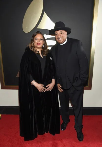 photo 58thGRAMMYAwardsRedCarpet9_hhQTFUgtsl.jpg