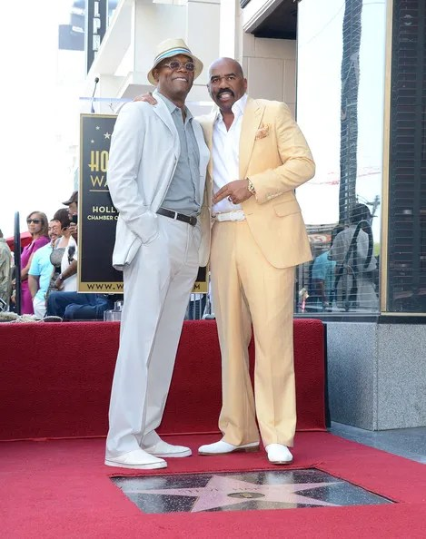 photo SteveHarveyHonoredHollywoodWalkFameUWdDu_5GYUel.jpg