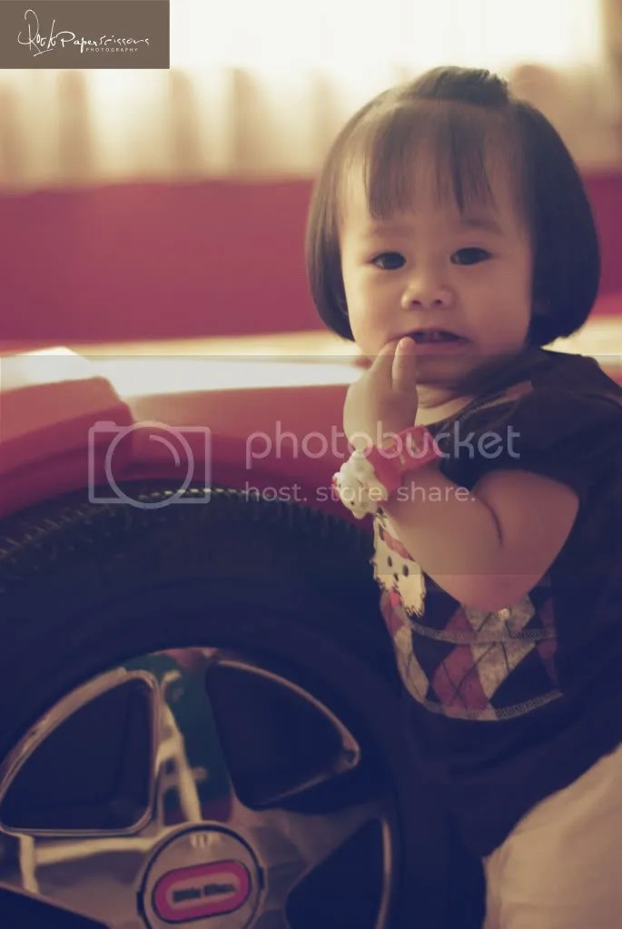 baby portraits,family portrait,jeffroger kho,jon tolentino,gilbert chua,rock paper scissors,photography,child,baby