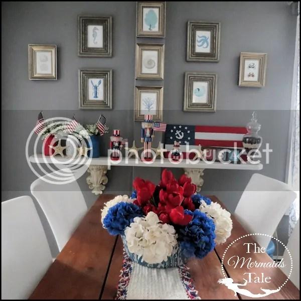 photo patrioticdiningroom1_zpss6geeu7l.png
