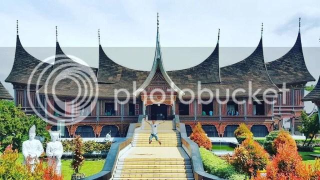 Museum Adityawarman Sumber Foto : www.google.com