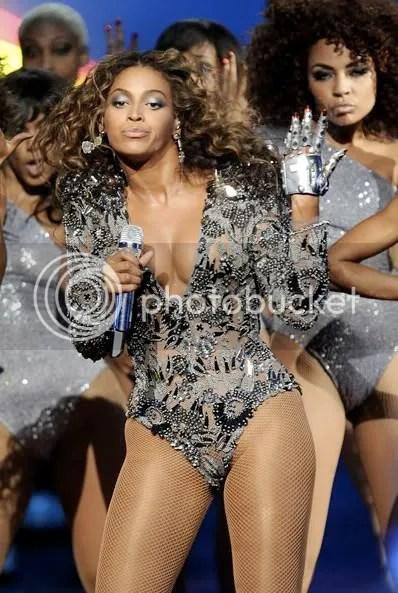 https://i2.wp.com/i655.photobucket.com/albums/uu280/theprophetblog/Beyonce/bdiva.jpg