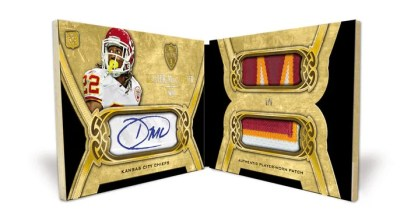 2010 Topps Supreme Double Jumbo Autograph Dexter McCluster Patch Parallel 1/1 Book Card