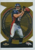 2010 Topps Finest Tim Tebow Atomic Gold Refractor