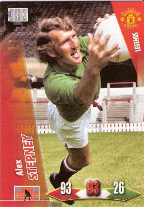 2010-11 Adrenalyn Alex Stepney Manchester United Legend