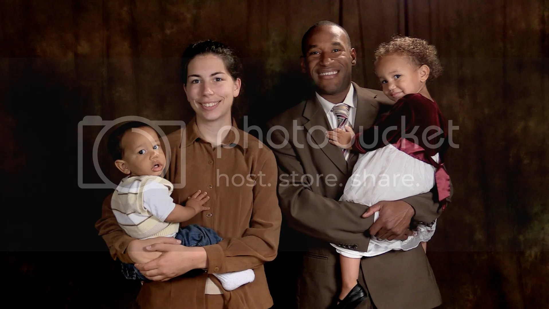 photo Ross Jackson Family 4_zpsijdndteq.jpg