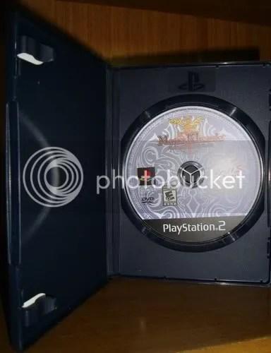 O DVD do jogo, na caixa