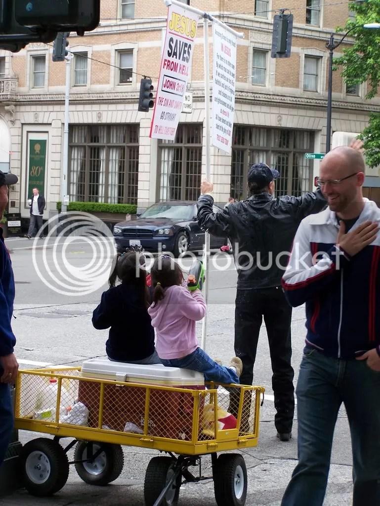 GayPrideSeattle2007009.jpg