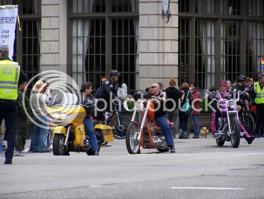 GayPrideSeattle2007037.jpg