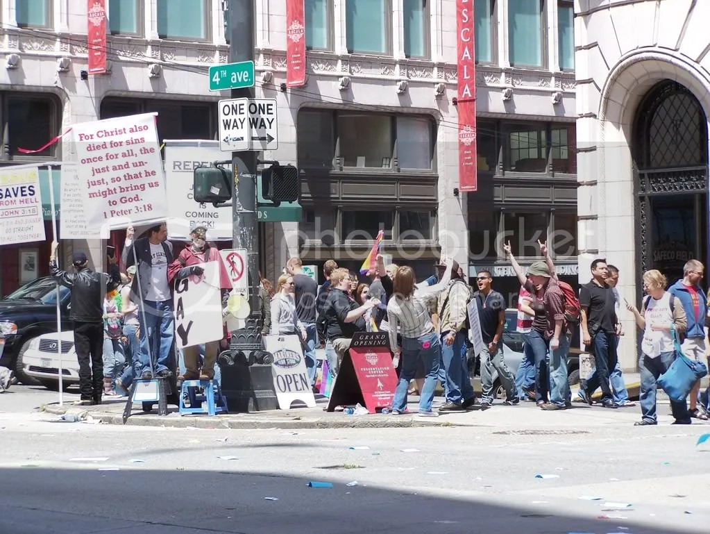 GayPrideSeattle2007282.jpg
