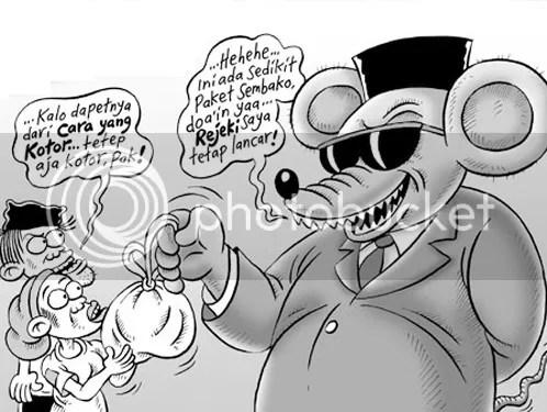 Banyak koruptor besar yang tak tersentuh oleh kekuatan hukum karena punya kemampuan finansial membeli aparat hukum