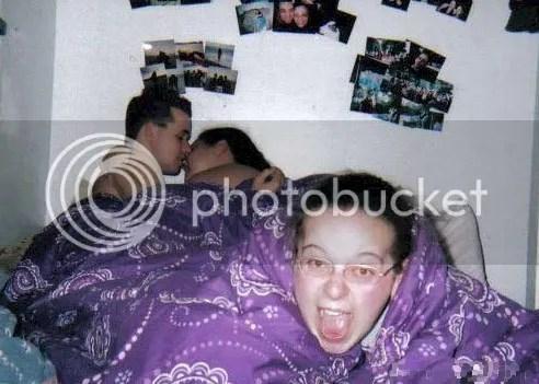 musuh dalam selimut