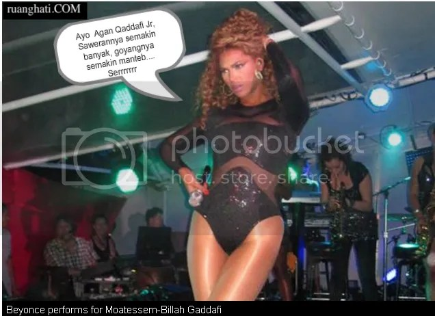 Penampilan Beyonce yang superhot spesial untuk menghibur putra pemimpin Libya Qaddafi