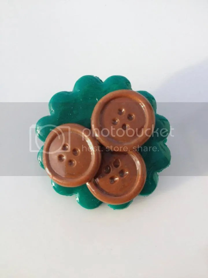 Shellybobbins Fimo Button Brooch