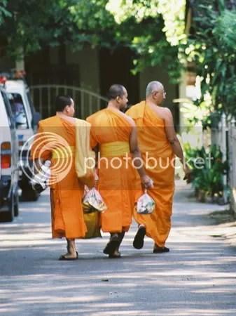 ChiangMaiMonks.jpg