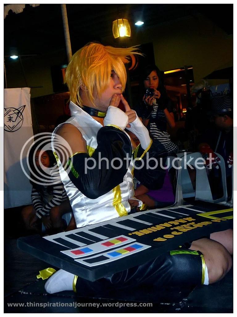 Hatsune Miku CHaracter Cosplay