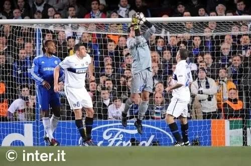 Pertahanan Inter yang solid ketika menghadapi Chelsea
