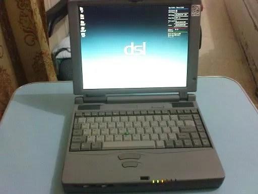 Damn Small Linux pada laptop uzur saya