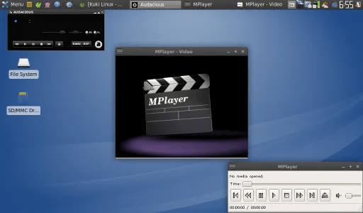 Tampilan desktop Kuki Linux