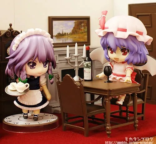 Izayoi Sakuya and Remilia Scarlet is having fun inside Nendoroid Playset 04