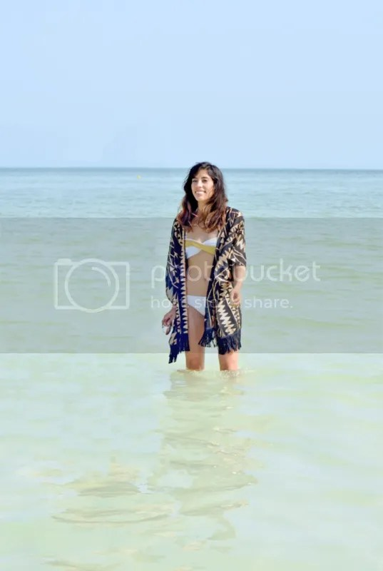 photo holbox kimono fashion beach gabirul travel blog.png