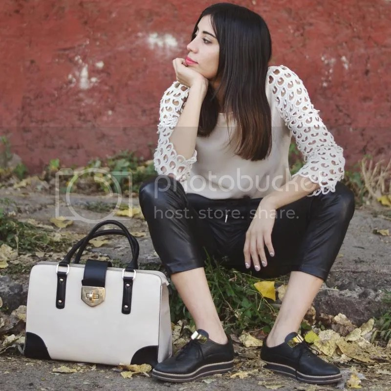 photo ootdmexicanbloggerstreetstyle.jpg