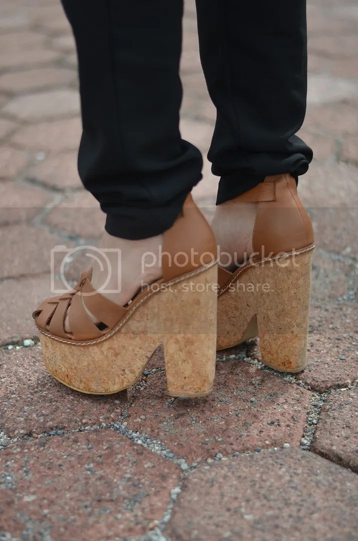 photo shoes platform sandals.jpg