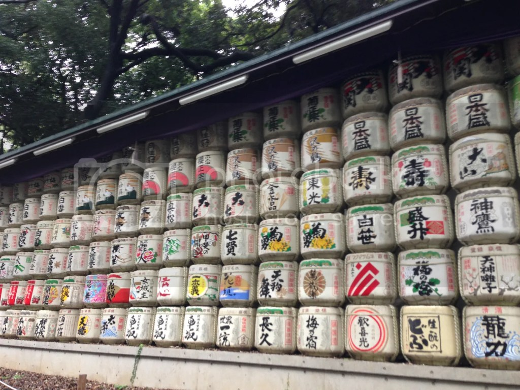 These are sake barrels which were sent to the shrine by Japan's sake makers