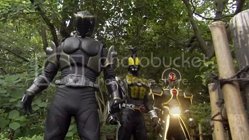 photo kamen_rider_decade_20_12_blog_import_529eeb9aa25bc_zps5c6d11ea.jpg