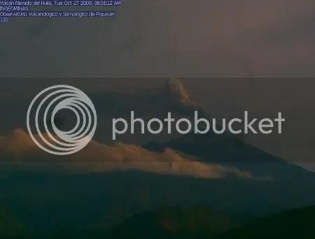Nevado del Huila, 27 October 2009 (INGEOMINAS webcam image)