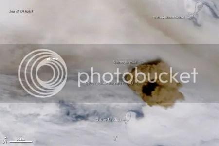 Sarychev Peak volcano, 15 June 2009 (NASA Terra image)