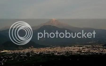 Pico de Orizaba volcano, Mexico (picture by David Tuggy, Creative Commons license)