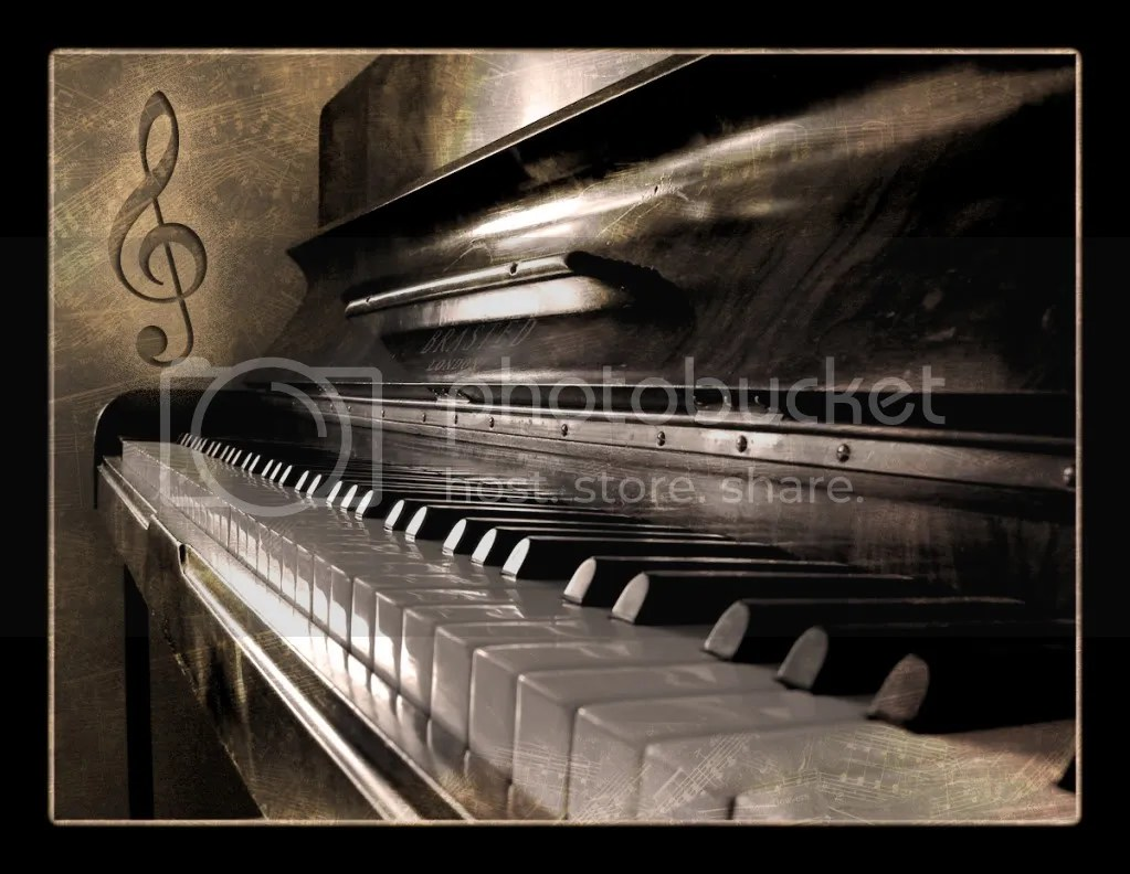 piano photo: piano Piano_by_TheDigitalVee.jpg