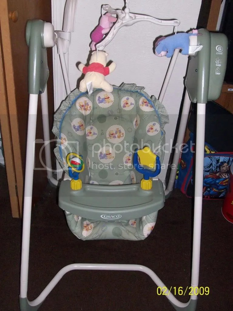 Pooh Swing Winnie Baby